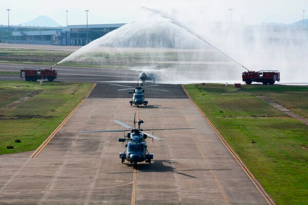 البحرية الهندية تدخل سربًا ثانيًا مجهزًا بمروحيات ALH Mk III Bsp_477-jdw-12436