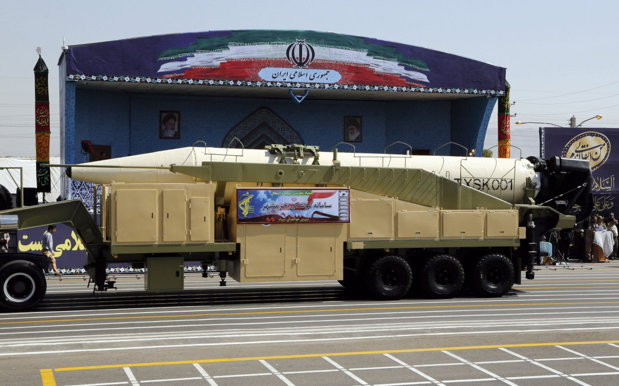 The Khorramshahr was unveiled in the Sacred Defence parade on 22 September 2017. (STR/AFP/Getty Images)