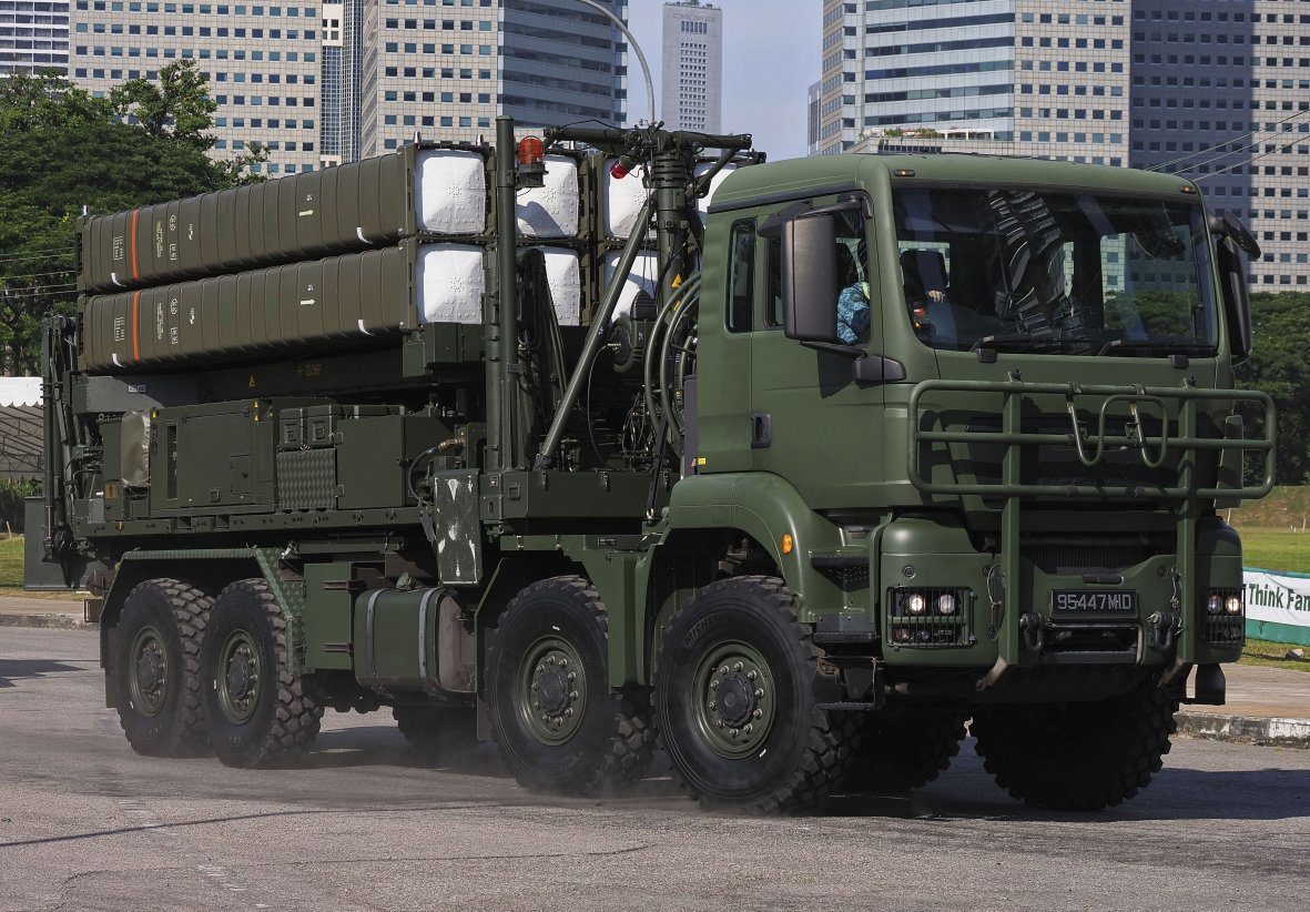 The Republic of Singapore Air Force's new Aster 30 SAM system made its debut public appearance during Singapore's 54th National Day celebration. (IHS Markit/Kelvin Wong)