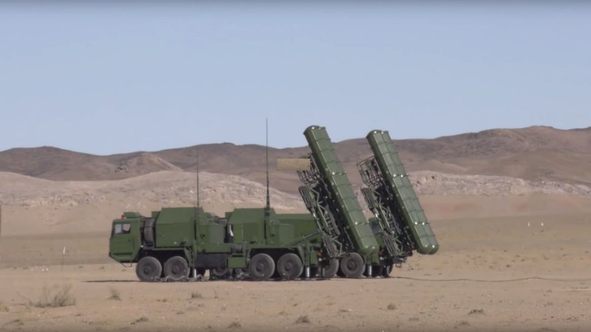 The FD-2000 is a technical analogue to the S-300 and is believed to borrow heavily from the Soviet design. The Uzbek procurement of the system diversifies the country's supply base away from Russia. (Ministry of Defence of the Republic of Uzbekistan)