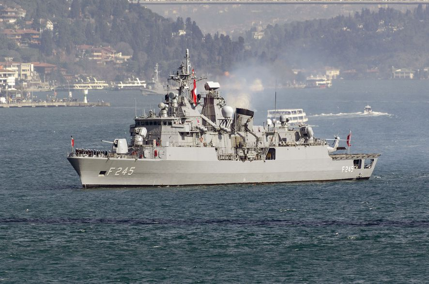 TCG         Oruçreis         , the second Barbaros-class frigate, taking part in a naval parade through Istanbul on 9 March 2019.        (Cem Devrim Yaylalı)