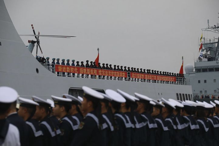 PLAN marines embarked on Type 071 LPD         Kunlun Shan         deploy with the 31st Escort Task Group in December 2018.