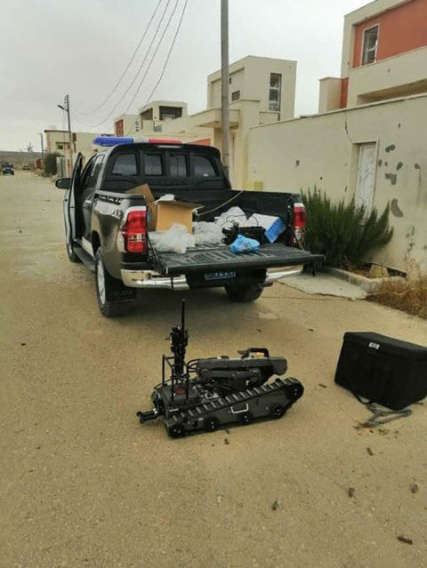 A Digital Vanguard during EOD clearance in Ain Zarah. (Libyan Ministry of Interior)