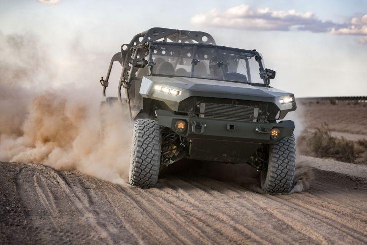 GM Defense ha ganado el contrato para construir el nuevo Vehículo del Escuadrón de Infantería del Ejército de EE. UU.  Su oferta se basó en la arquitectura del camión mediano Chevrolet Colorado ZR2.  (Defensa GM)