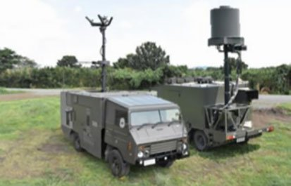 The new EW unit that the JGSDF plans to establish at Camp Kengun in 2021 will most likely also use the recently developed truck-mounted NEWS system (seen here). (Japanese MoD)