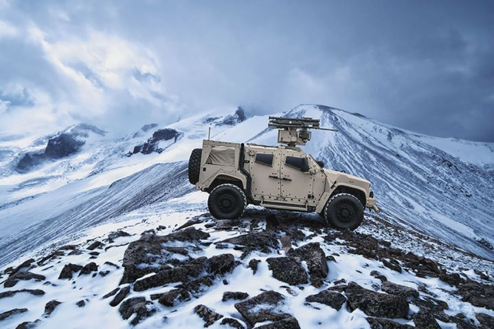 The US Army recently awarded Oshkosh with a USD127 million JLTV contract. Above is a JLTV outfitted with a short-range air defense system.  (Oshkosh Defense )