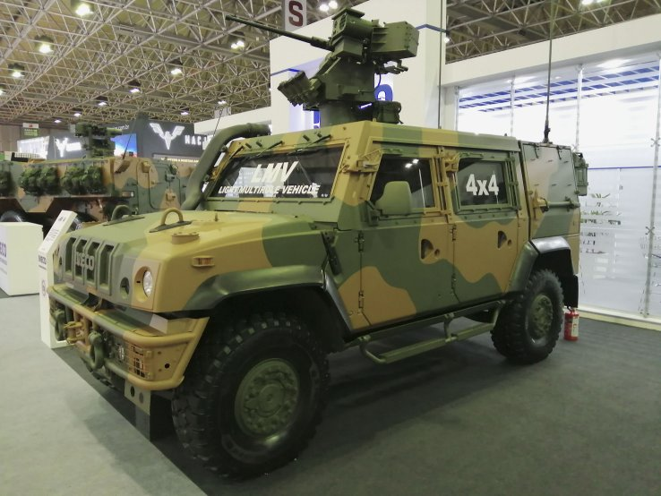 The Brazilian Army will receive 32 Iveco LMVs. The vehicle pictured is outfitted with the 12.7 mm REMAX III weapon station and was showcased at LAAD Defence & Security 2019. (Victor Barreira)