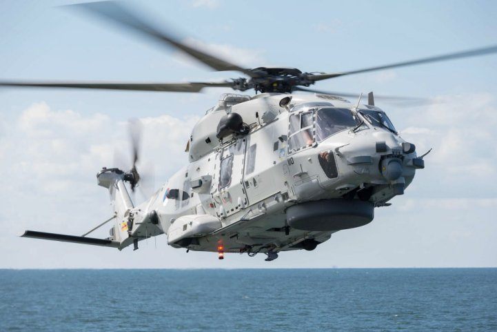 The RNLAF has resumed flights with its NH90 helicopters after they were grounded following the crash of one into the Caribbean Sea on 19 July. (Dutch MoD)