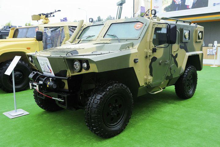 VPK presentó el vehículo blindado anfibio ligero Strela 4 × 4 en Army 2020. (Nikolai Novichkov)