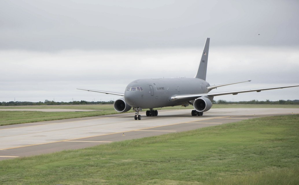 The first KC-46A Pegasus for Tinker Air Force Base in Oklahoma arrives on 10 September 2020. Boeing said it has resolved its issue with leaky fuel systems on the KC-46A. (US Air Force)