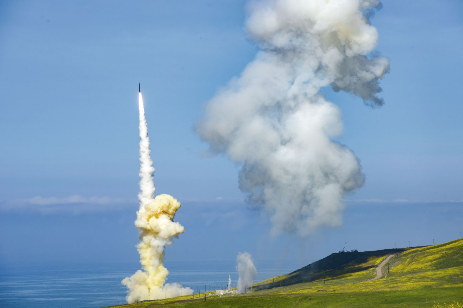 The 'lead' Ground-based Interceptor (GBI) is launched from Vandenberg Air Force Base, California in March, 2019, in the first-ever salvo engagement test of a threat-representative intercontinental ballistic missile (ICBM) target. The two EKV-equipped GBIs successfully intercepted a target launched from the Ronald Reagan Ballistic Missile Defense Test Site on Kwajalein Atoll. (US Missile Defense Agency)