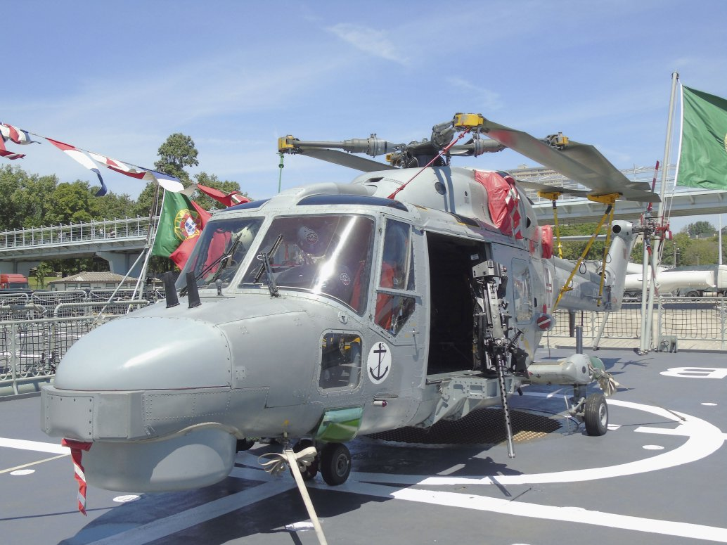 Deliveries of all five modernised Super Lynx Mk 95 helicopters to the Portuguese Navy are now planned to be completed in 2021. (Victor Barrerira)
