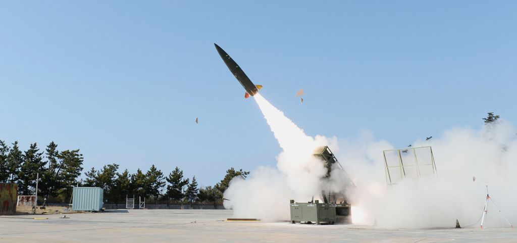 On 25 November South Korea's Defense Project Promotion Committee approved plans to begin series-production of the locally developed KTSSM tactical ballistic missile system. (ADD)
