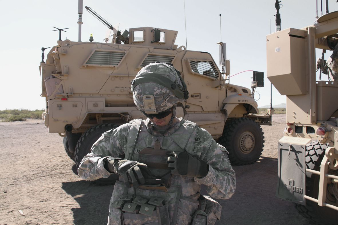 A US soldier operates an Android-based network end-user device during an army network evaluation exercise at White Sands Missile Range, New Mexico. (US Army )